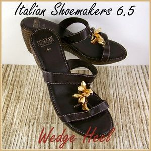 6.5 Italian Shoemakers Italy T-Strap Wedge Sandals